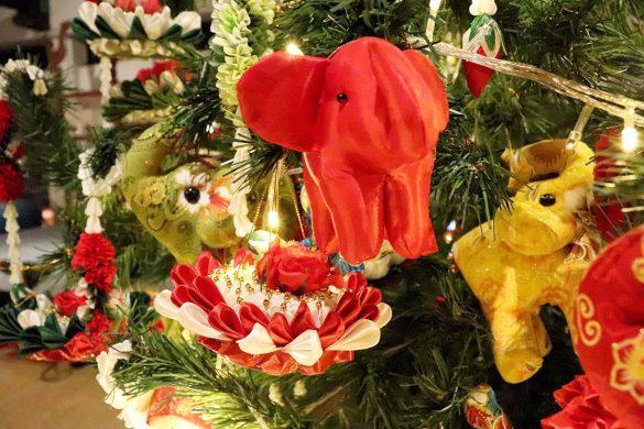 JW Marriott Tree Lighting - 015