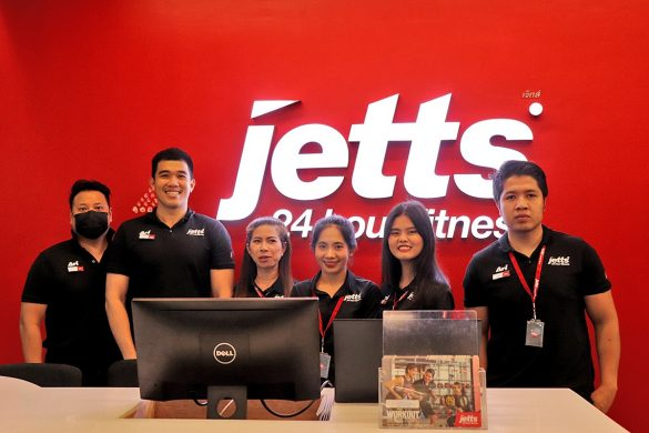 Grand Opening Jetts Fitness - 003