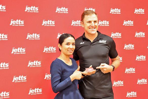 Grand Opening Jetts Fitness - 016