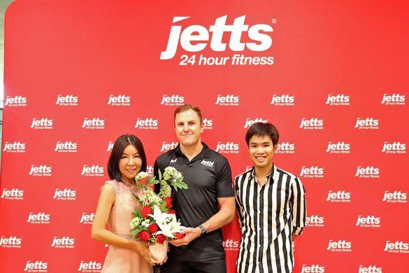 Grand Opening Jetts Fitness - 017